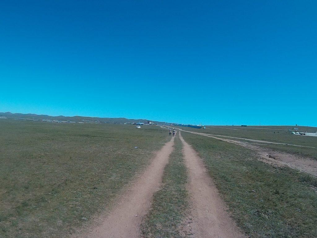 モンゴル国際草原マラソンゴール前